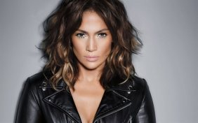 thumb2-jennifer-lopez-american-singer-make-up-beautiful-woman-black-leather-jacket
