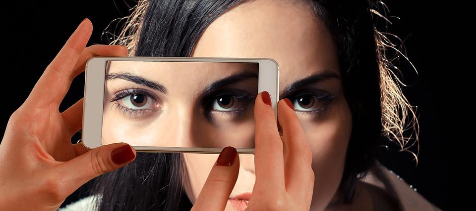smartphone-1445448_960_720