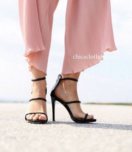 strappy-sandals-thumb