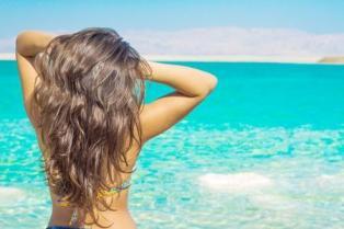 beach-hair-main-Image-Vitaly-Suprun123RF_grande